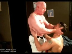 MuscleGod Tom Lord with Slave Pig