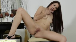 the hottest girl ive ever seen sucking dick [iR]