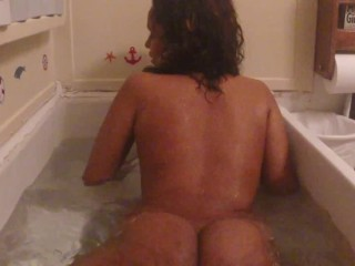 My wet bubble butt (Part - 1)