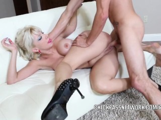 Busty MILF Natasha Juja gets her older pussy stuffed