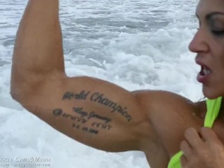 JockGirlsLive - Sexy Flexing in the Ocean