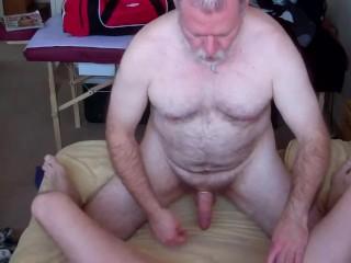 dad bangs son bareback-prt3