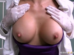 Brazzers – Hot doctor Monique Alexandertake big dick
