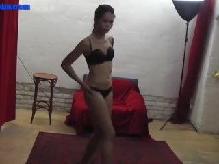 Sexy asian lapdancer gets fucked and splashed