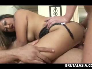 Gorgeous Asian slut has a double penetration threesome