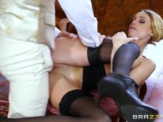 Brazzers - La britannica Erica Fontes viene sbattuta