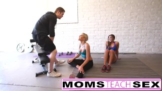 Steamy workout turns hardcore with mom and daughter