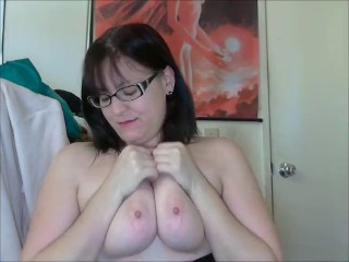 Geeky Chubby Girl Shake Weight silly
