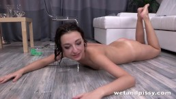 Young Leona is a total pissing slut