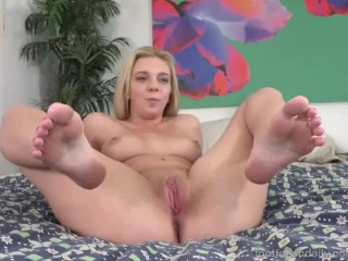 Tiffany Watson Rides a Blue Dildo and Masturbates With Her Feet on Display