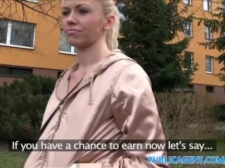PublicAgent bionda sposata scopa per soldi