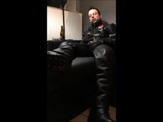 Smoker jerk in leather