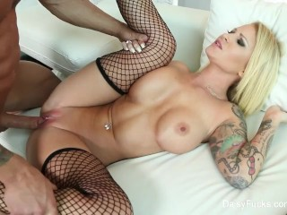 Blonde vixen Daisy Monroe fucks her neighbor