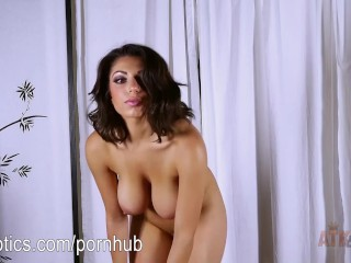 Darcie Dolce's sexy stretching routine