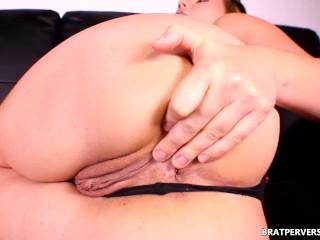 Big Ass Sniffing POV