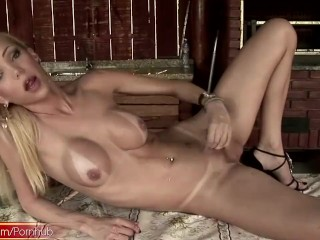 Sticky monstercock gets stroked by bigtitted latina tranny