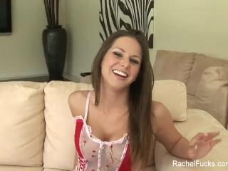 Brunette babe Rachel Roxxx gives a hot blowjob