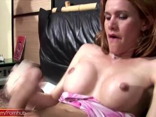 Smokin hot t-girl jerks off her meatstick until she creams