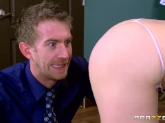 Brazzers – Penny Pax loves office anal