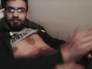 Bating for the camera and cumming hard