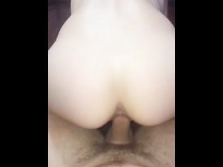 Amateur fuck with internal creampie