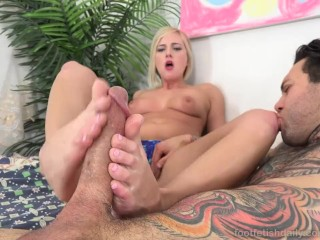 Kate England Loves Her Pretty Toes Sucked Before a Good Fuck