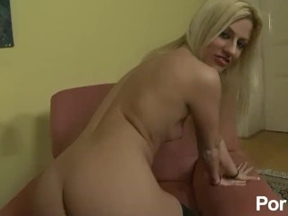 Jessie Volt unchained French starlet - Scene 4