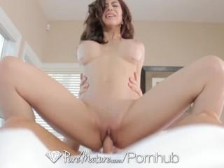 PureMature - MILF Heather Vahn treats her fuck buddy to some big tits