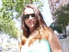 Claudia Bomb follando en video porno casero