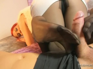 Footsie with reinforce pantyhose toes