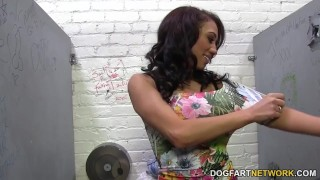 Jessie Ross sucks huge white dick - Gloryhole ebony hd videos hardcore black kink blowjob gloryhole dogfart glory hole shaved pornstar interracial jessie ross dogfartnetwork fetish