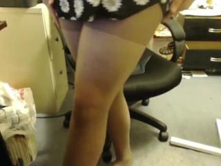 Long leg sissy CD strokes for you.
