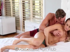 PornPros – Nothing turns Alexis Adams on more than dick