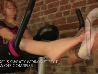 Angel's Sweaty Workout Feet - www.clips4sale.com/8983/15481134