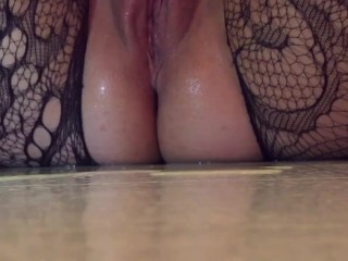 Messy Pussy Squirt