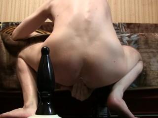Cumming on a Huge Maximus King Dong (D 7.5)