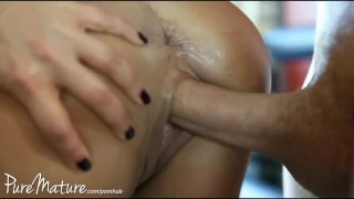 Described Video - PureMature HD Lisa Ann gets fucked hard in the Gym  dick riding big ass big tits ass italian trimmed mom cumshot public gym big dick milf brunette cowgirl mother orgasm doggystyle puremature huge tits