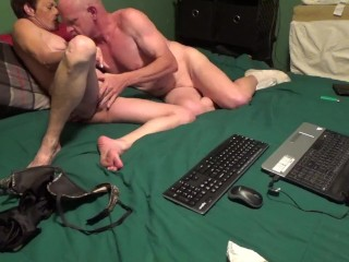 Fit Husband Fingers Wife and Licks Her Pussy