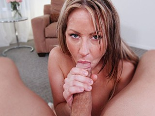 Cougar Carolyn Reese POV MILF Blowjob Cum Swallow CougarSeason