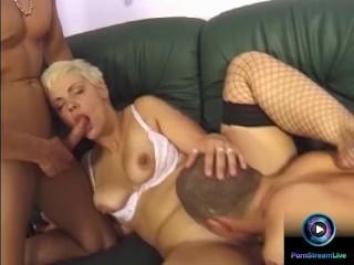 Short haired blonde milf Cili enjoys deep-penetration