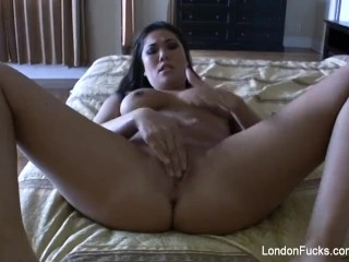 Home video masturbation with London Keyes