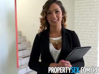 PropertySex - Bellissima agente immobiliare si scopa il proprietario per assicurarsi la vendita