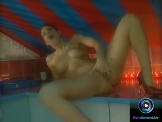 Lora Croft gets naked flaunting her tight body and delicious privates