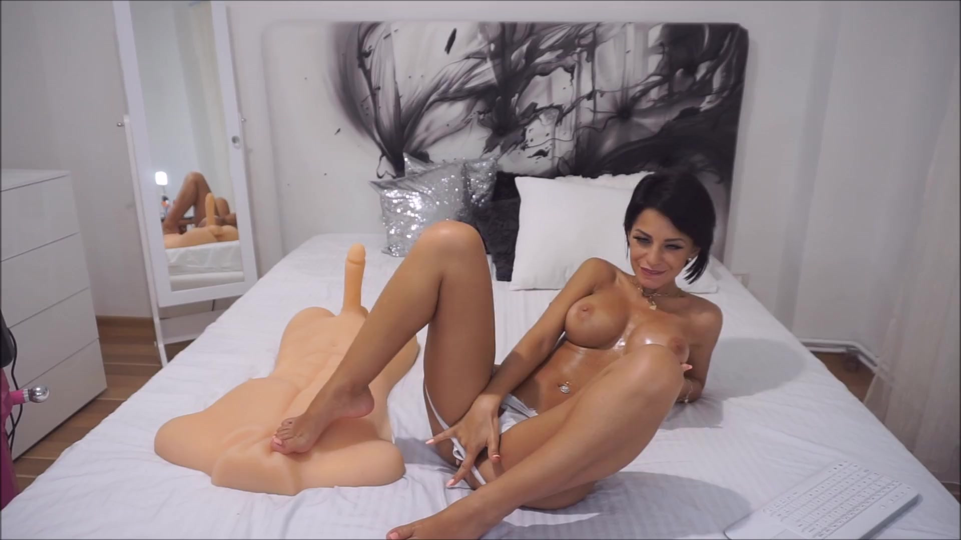 Anisyia livejasmin oil overload big tits huge ass perfect body 6