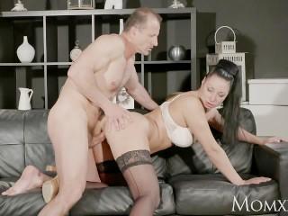 MOM Big tits Milf gives deep blow job before getting hard fuck