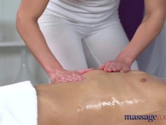 Massage Rooms Athletic brunette sucks big dick before orgasmic fuck