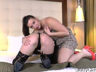 Crazon Del Angel & Jessica Biel hairy girls foot fetish masturbation in the