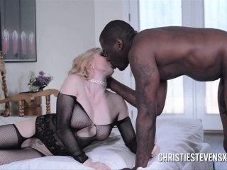 Christie Stevens Swallows Cum From Huge Black Cock