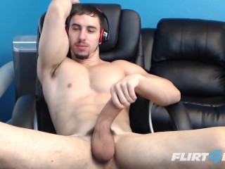 PORNHUB GAY WEBCAM