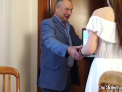 Old Goes Young – Teen Carol seduced by a man three times her age